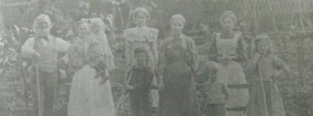 Ephraim, Helena and their 7 children in West Virginia