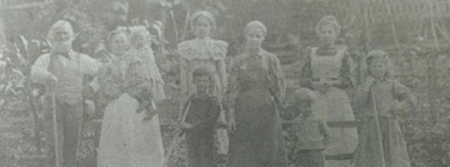 Ephraim, Helena and their 7 children in West Virginia